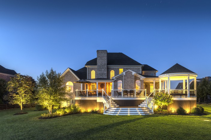 landscape-lighting-multiple-lights-house-exterior